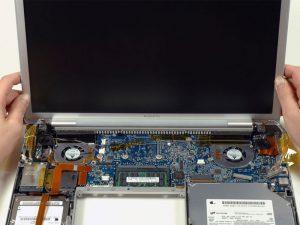 """MacBook Pro 15 """"Core Duo Model A1150 – Thay thế cụm màn hình"""