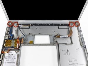 """MacBook Pro 17 """"Mô hình A1151 A1212 A1229 và A1261 – Thay thế vỏ dưới"""
