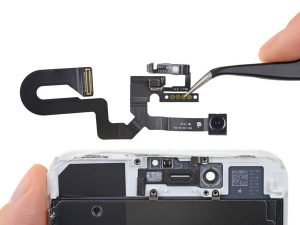 iPhone 8 Plus – Thay thế camera phía trước và cáp cảm biến