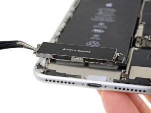iPhone 8 Plus – Thay thế động cơ Taptic