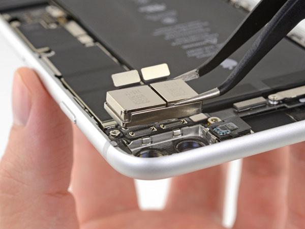 iPhone 8 Plus – Thay thế máy ảnh mặt sau