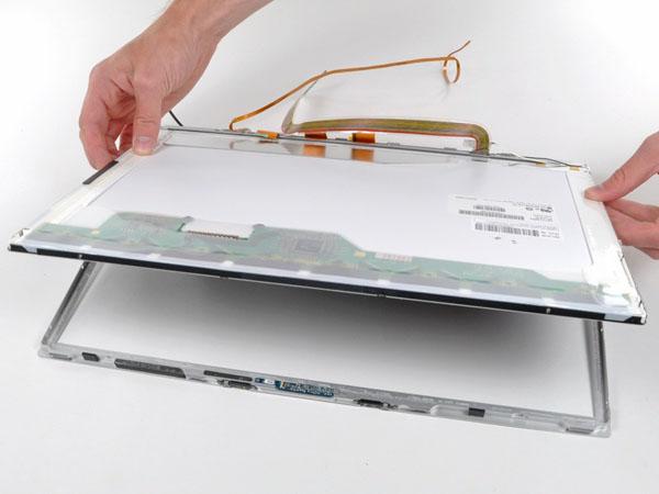 """MacBook Pro 17 """"Mô hình A1151 A1212 A1229 và A1261 – Thay thế LCD"""