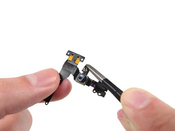 iPhone SE  – Thay thế máy ảnh mặt trước và cáp cảm biến thay thế