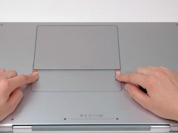 """MacBook Pro 17 """"Mô hình A1151 A1212 A1229 và A1261 – Thay thế pin"""