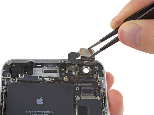 iPhone 6 Plus – Thay thế camera phía sau