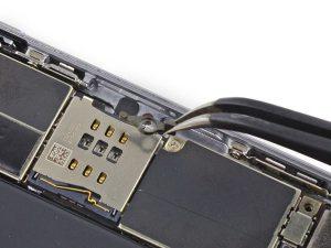 iPhone 6 Plus – Thay thế đòn bẩy đẩy SIM