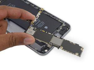 iPhone 6s Plus – Thay thế bảng logic