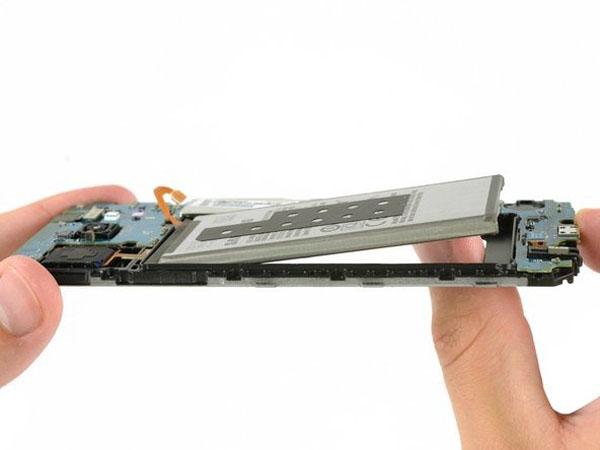 Thay pin Samsung J6 – Hướng dẫn cơ bản cho người dùng