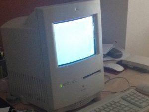 Hoàn toàn tân trang Macintosh Color Classic cho Lễ kỷ niệm 25 năm (Mac Mini bên trong) – Hướng dẫn tháo  lắp