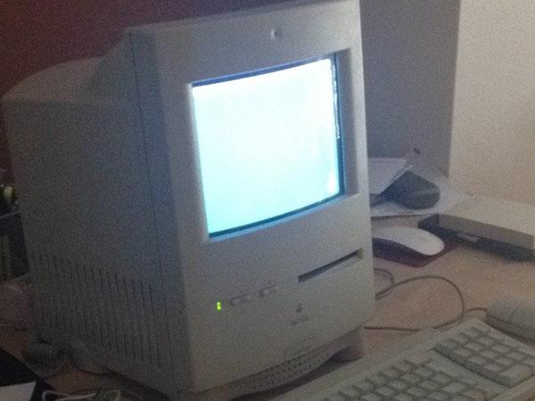 Hoàn toàn tân trang Macintosh Color Classic cho Lễ kỷ niệm 25 năm (Mac Mini bên trong)