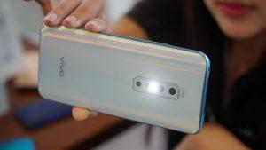 """Vivo V17 Pro: Camera selfie kép thò thụt, camera chính độ phân giải """"khủng"""" và còn gì?"""