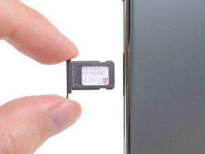 Thay thế thẻ SIM iPhone 11 Pro Max