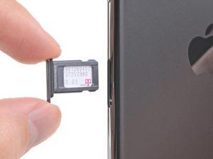 Thay thế thẻ SIM iPhone 11 Pro