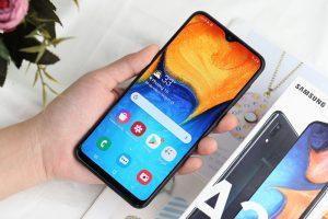 Samsung Galaxy A20 đang nhận được bản cập nhật One UI 3.1 dựa trên Android 11 tại Mỹ