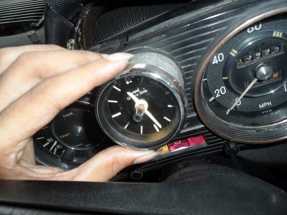 Mercedes W114 / W115 Cluster Clock Thay thế và khắc phục sự cố